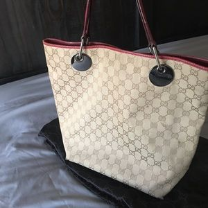 Authentic Gucci tote bag in pink